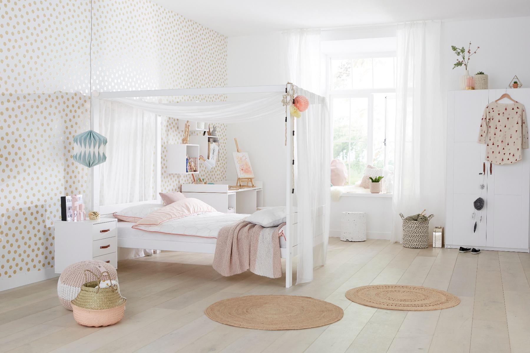 Kinderkamer hemelbed van Lifetime
